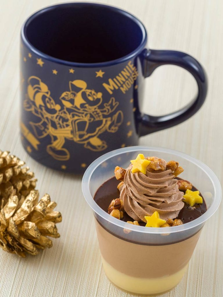 Chocolate & Milk Mousse with Souvenir Cup – ¥800 (~RM 30)